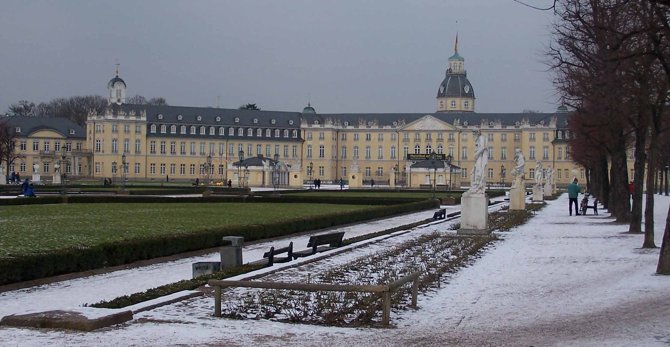 chateau de schloss karlsruhe