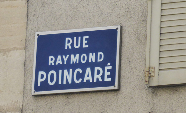 rue-raymond-poincare-nancy2