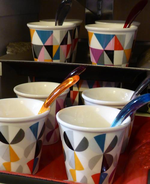 mug-cafe-pop-a-taaable