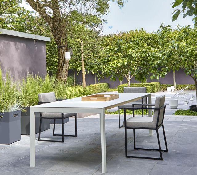 table-jardin-cinna-dehors