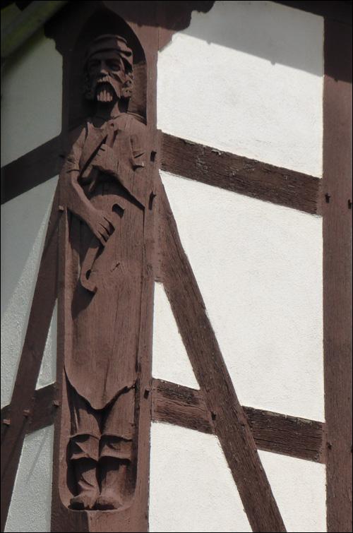 sculpture-maison-alsacienne