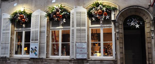 decoration de noel et cadeaux nancy une autre maison vieille ville rue jacques callot valéry michel bougies baobab