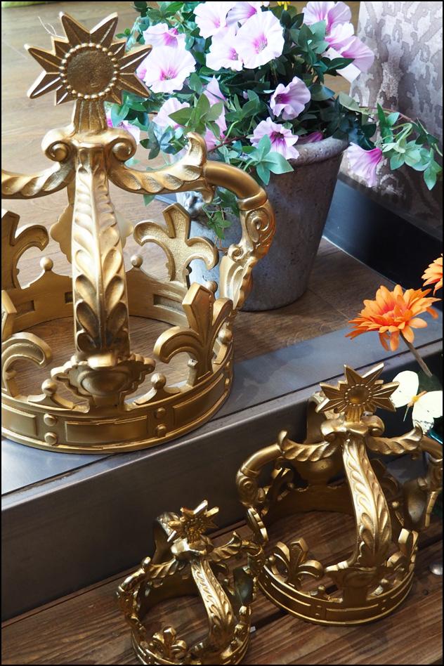 couronnes en métal nicole lhotte decoration nancy rue stanislas